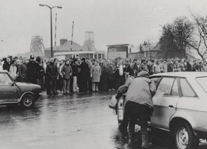 Miners Strike: Pickets at Harworth